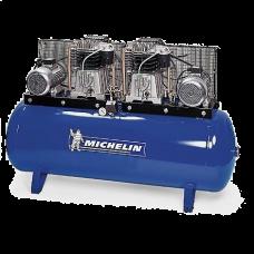 Compressor de Cabeça Dupla 720L/min c/ Quadro Elétrico